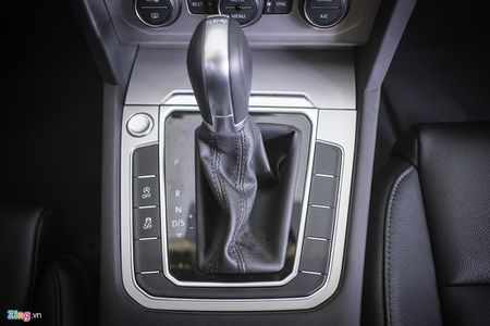 Volkswagen Passat phien ban moi canh tranh Camry, Mazda6 tai Viet Nam - Anh 10