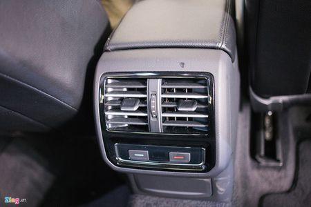 Volkswagen Passat phien ban moi canh tranh Camry, Mazda6 tai Viet Nam - Anh 11