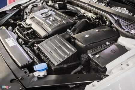 Volkswagen Passat phien ban moi canh tranh Camry, Mazda6 tai Viet Nam - Anh 14