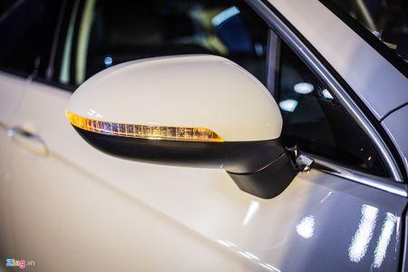 Volkswagen Passat phien ban moi canh tranh Camry, Mazda6 tai Viet Nam - Anh 5