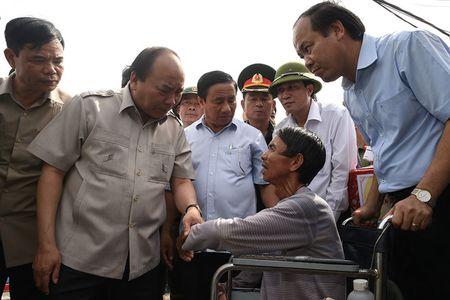 Thu tuong den Ha Tinh: Khong de canh tieu dieu noi bao di qua - Anh 1