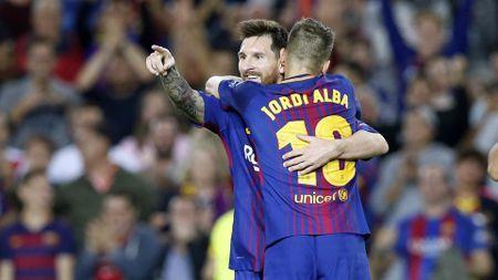 Messi het 'phep', Barca tro ve tu coi chet - Anh 1