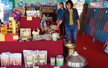 102 san pham cong nghiep nong thon duoc ton vinh - Anh 1