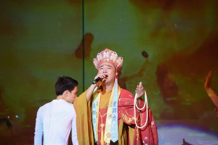 Ta Quang Thang, Ngoc Khue xuat hien an tuong trong dem nhac 'Tim Sen' - Anh 10