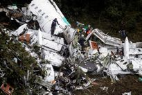 Hình ảnh nhói lòng về vụ tai nạn máy bay chở đội tuyển Brazil