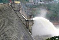 Thủy điện Sông Tranh 2 xả nước để tạo dung tích đón lũ