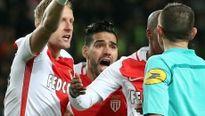 Vòng 19 Ligue 1: May mắn thắng SM Caen, AS Monaco về nhì lượt đi