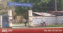 Nông dân phun thuốc trừ sâu, 60 học sinh phải cấp cứu