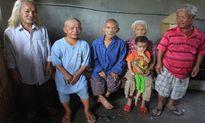 Kỳ lạ gia đình lùn nhất Việt Nam 4 đời không thoát 'lời nguyền'