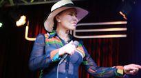 Danh ca Thanh Tuyền về nước tổ chức đêm nhạc sau sự cố sức khỏe