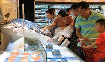 Siêu thị tấp nập, chợ vắng hoe trong kỳ nghỉ lễ