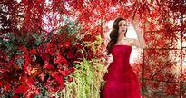 Hồ Ngọc Hà lộng lẫy giữa ngàn hoa có giá gần 1 tỷ đồng
