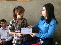 LĐLĐ tỉnh Phú Thọ: Chia sẻ khó khăn với những gia đình công nhân bị tai nạn lao động