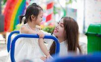 Bộ ảnh đẹp tinh khôi của Phượng Single cùng con gái sau khi 'đập toàn bộ khuôn mặt làm lại'