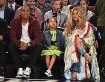 Jay Z và Beyonce giữ vững vị trí cặp đôi 'tỷ USD' của làng giải trí