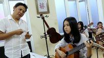 Học đánh guitar cực nhanh nhờ phần mềm máy tính