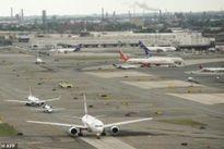 Mỹ: Sân bay Newark tạm đóng cửa do sự cố cháy động cơ máy bay