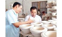 Gặp chàng trai khôi phục nghề gốm cổ Bồ Bát