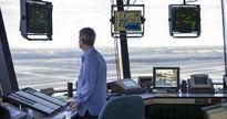 Vì sao Trump muốn tư nhân hóa ngành kiểm soát không lưu Mỹ?