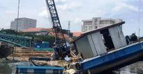 Xà lan 'đè' thuyền ở công trình chống ngập 10 ngàn tỷ đồng