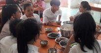 Nhà trường, nhà chùa 'dốc sức' hỗ trợ ăn, ở cho sĩ tử mùa thi 2017