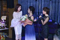 Người đẹp Lệ Nam xuất hiện xinh tươi chúc mừng ca sỹ Phương Anh ra mắt single mới