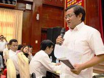 Ông Đoàn Ngọc Hải đối thoại với người dân khu Mả Lạng, quận 1