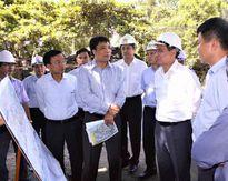 Bộ trưởng Trương Quang Nghĩa kiểm tra cao tốc Trung Lương-Cần Thơ