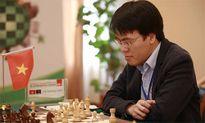 Quang Liêm chia điểm với kỳ thủ số một nước Đức
