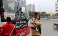 Hà Nội: Đi chậm vợt khách, nhiều xe khách bị thu hồi phù hiệu