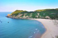 Mùa hè rực lửa trên cung đường biển đẹp nhất Việt Nam