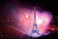 Nhìn lại những khoảnh khắc ấn tượng nhất lễ Quốc khánh Pháp