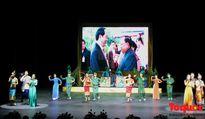 Ấm áp, xúc động trong đêm hữu nghị Việt – Lào