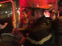 Người chỉ huy bình tĩnh, cứu sống một phụ nữ suýt chết ngạt trong hỏa hoạn