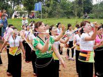 """Độc đáo các trò chơi trong lễ hội """"Xên Mường"""" của người Thái"""