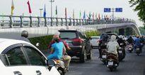 Sân bay Tân Sơn Nhất kẹt xe nghiêm trọng, các công trình 'bất lực'