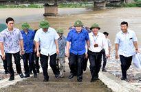 Phó Thủ tướng họp khẩn, thị sát việc xả lũ hồ thủy điện