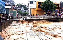 Thủ tướng Nguyễn Xuân Phúc chỉ đạo biện pháp ứng phó với mưa lũ