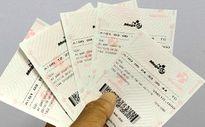 Chủ nhân tấm vé trị giá 131 tỷ đồng đã đến nhận giải