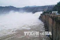 Thủy điện Hòa Bình tiếp tục mở cửa xả đáy số 3