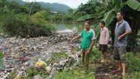Hà Giang: Người dân bức xúc vì bãi rác gây ô nhiễm, thải trực tiếp xuống suối