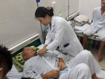Phụ nữ mang thai, người già cũng oằn mình với dịch sốt xuất huyết