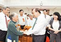 Thủ tướng Nguyễn Xuân Phúc dự Hội nghị biểu dương người có công với cách mạng tiêu biểu tỉnh Quảng Nam