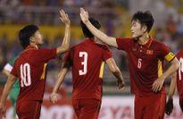 Bầu Đức tiếp lửa U22 Việt Nam trước trận đấu với Hàn Quốc