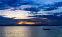Bình minh tuyệt đẹp ở làng chài trên sông Đồng Nai