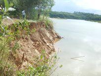 Thừa Thiên Huế: Cát tặc hoành hành, sông Tả Trạch sạt lở nghiêm trọng