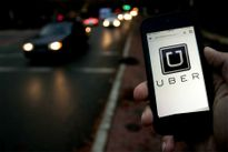 Hà Nội kiên quyết cấm dịch vụ đi chung xe của Grab, Uber