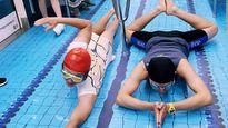 Tàu điện ngầm biến thành bể bơi ở Đài Loan