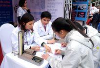 Hàng loạt trường đại học công bố điểm chuẩn từ 28 điểm trở lên