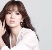 Song Hye Kyo: Người đẹp quốc dân và 'trái ngọt' mang tên Hậu duệ mặt trời